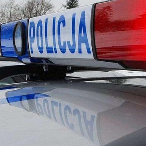 Policjanci zatrzymali dwóch nastolatków za posiadanie narkotyków