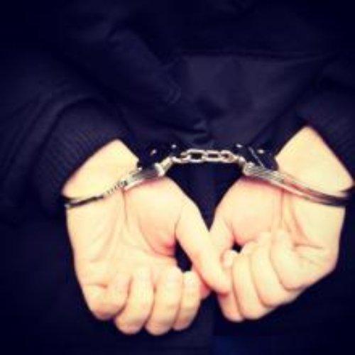 Dzielnicowi zatrzymali poszukiwanego dealera narkotyków